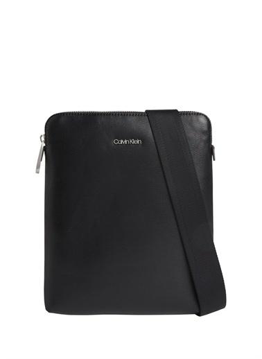 Calvin Klein Calvin Klein Erkek Postacı Çantası Siyah